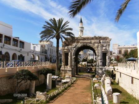 L'Arco di Marco Aurelio a Tripoli, uno dei luoghi più vivi e suggestivi