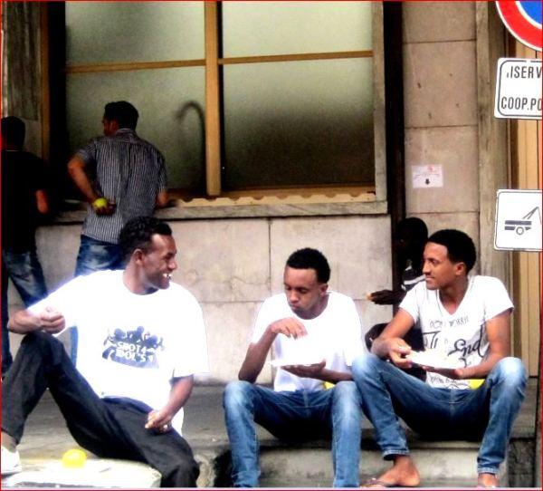 migranti ventimiglia pranzo