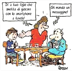 smartphone-famiglia-tavola